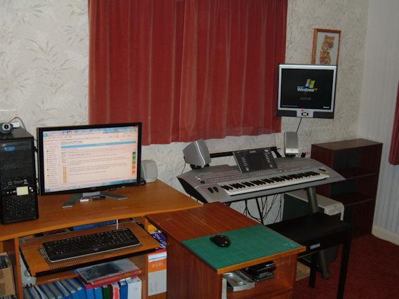2012_0704newscreen0002web.jpg