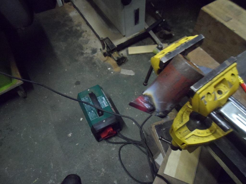 8 hammer jig.JPG