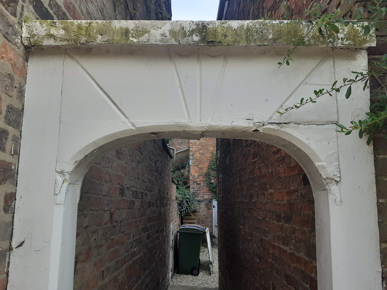 arch 2.jpg