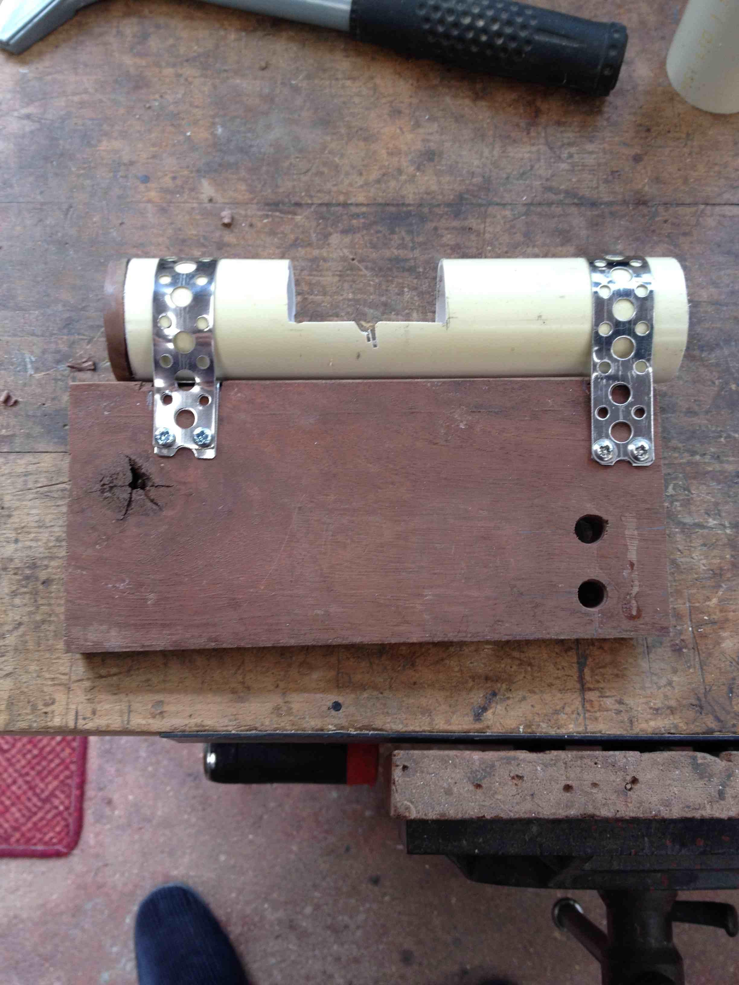 Bandsaw Dust Outlet.jpg