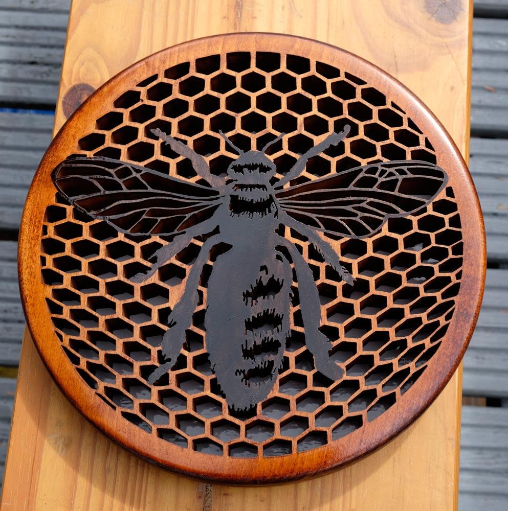 Bee-On-Honeycomb-001.jpg