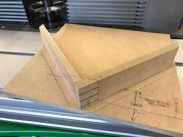 Box-Mitres-06.jpg