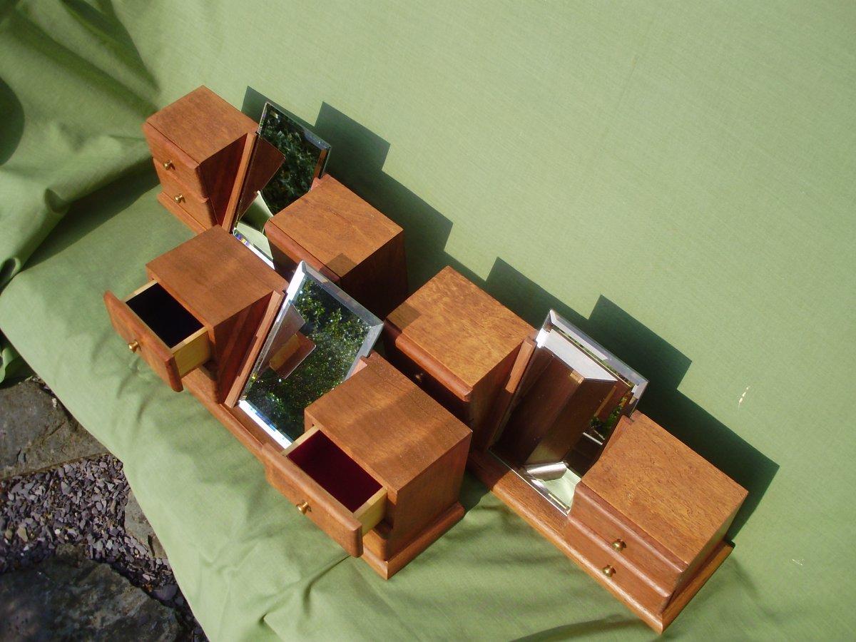 Boxes 002.jpg