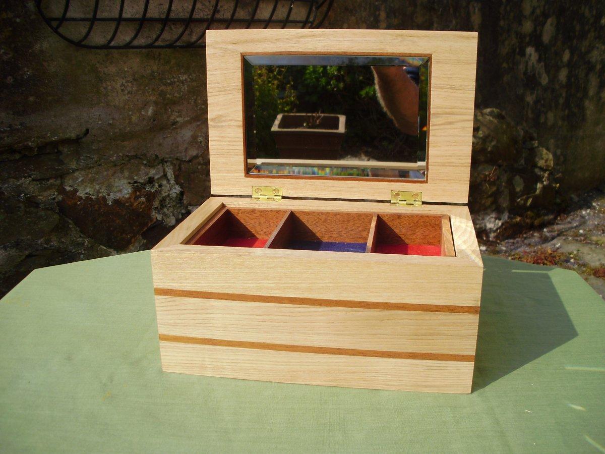 Boxes 008.jpg