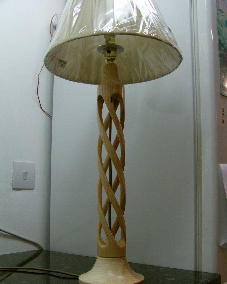 chris lamp 2011 003a.JPG