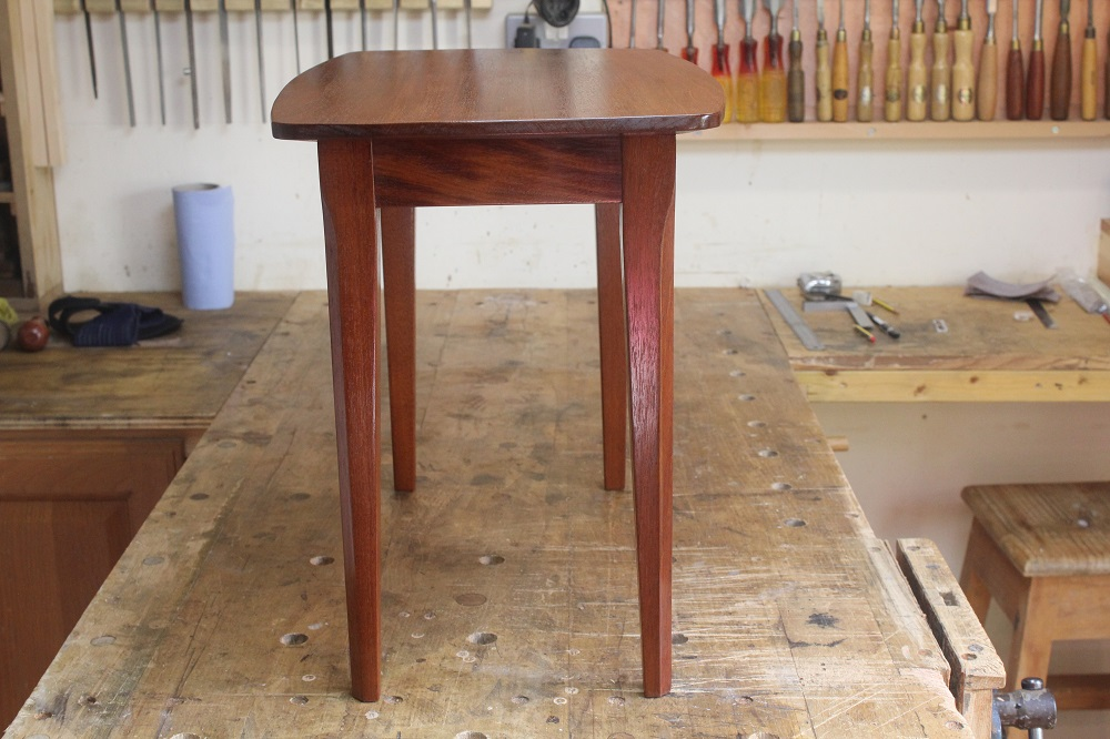 completed table 001a.JPG