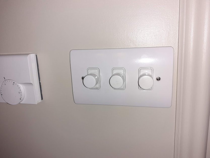 dimmer switch.jpg