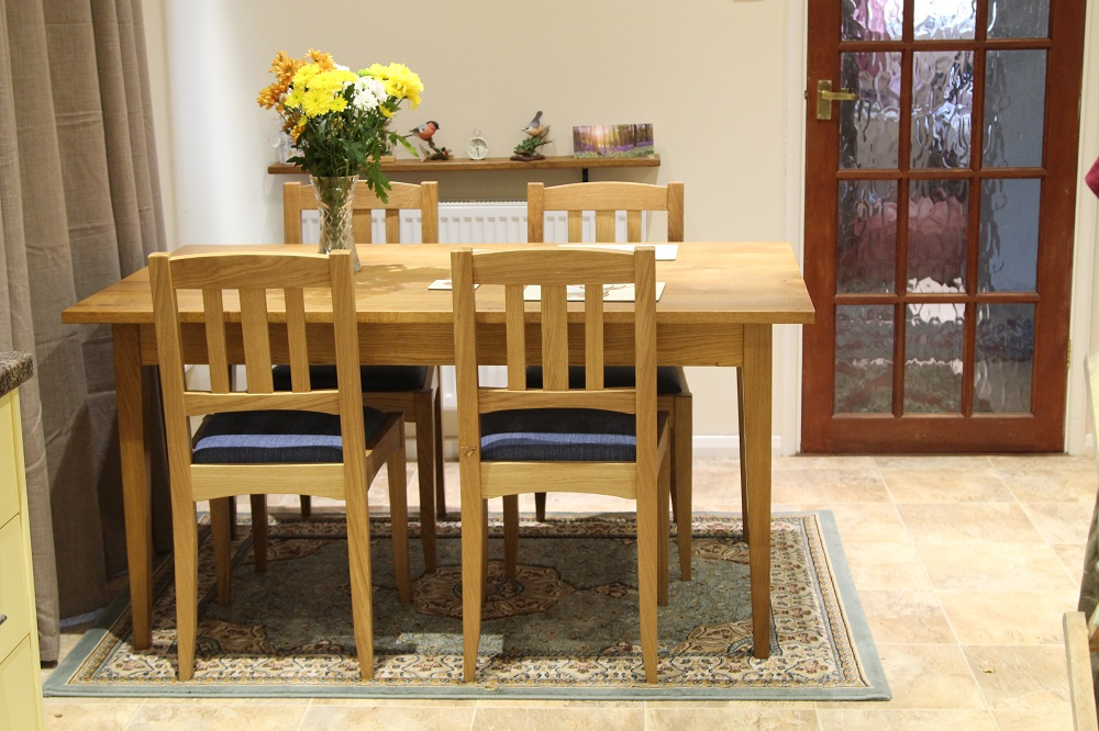 dining table and chairs 034.JPG