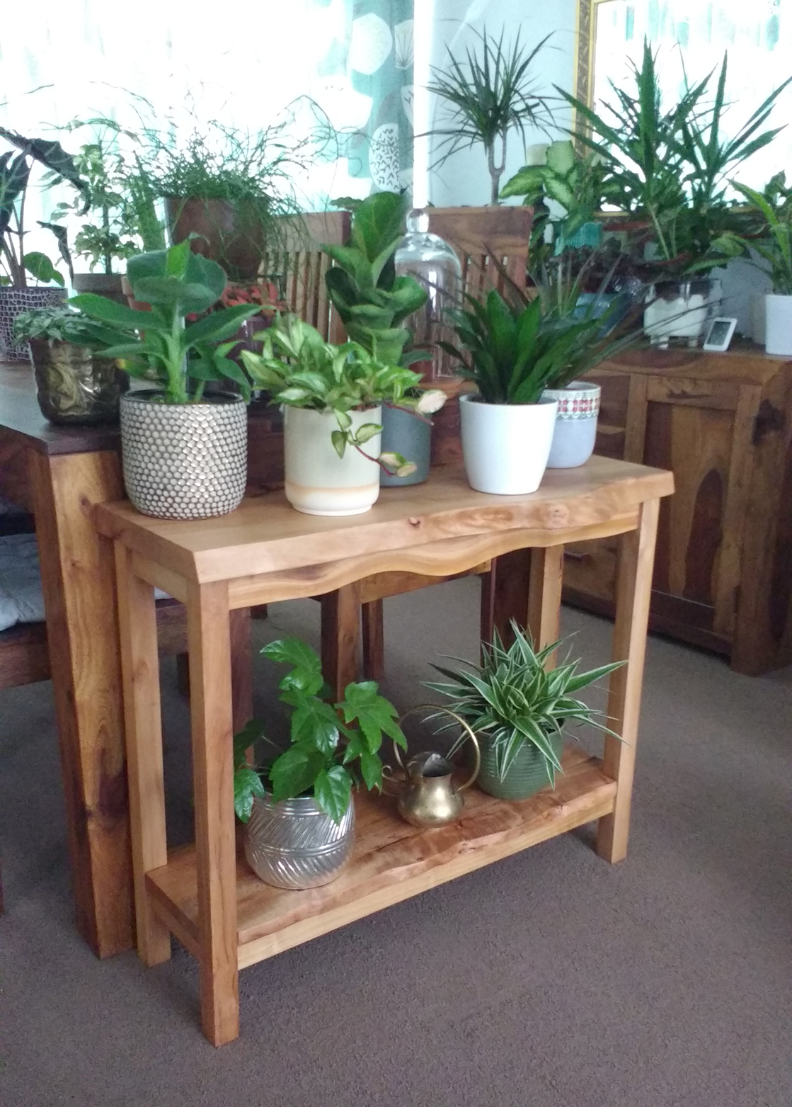 Finished Table With Plants.jpg