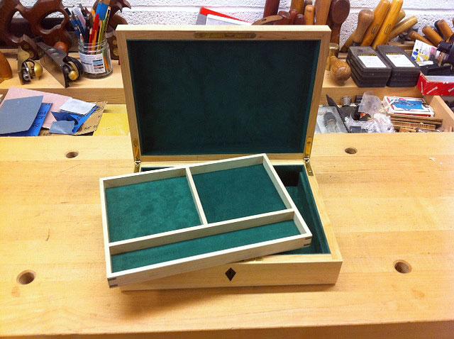 Jwllry-Box-2.jpg