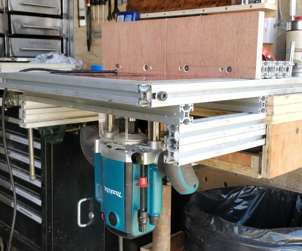 router_table_2_1024.jpg