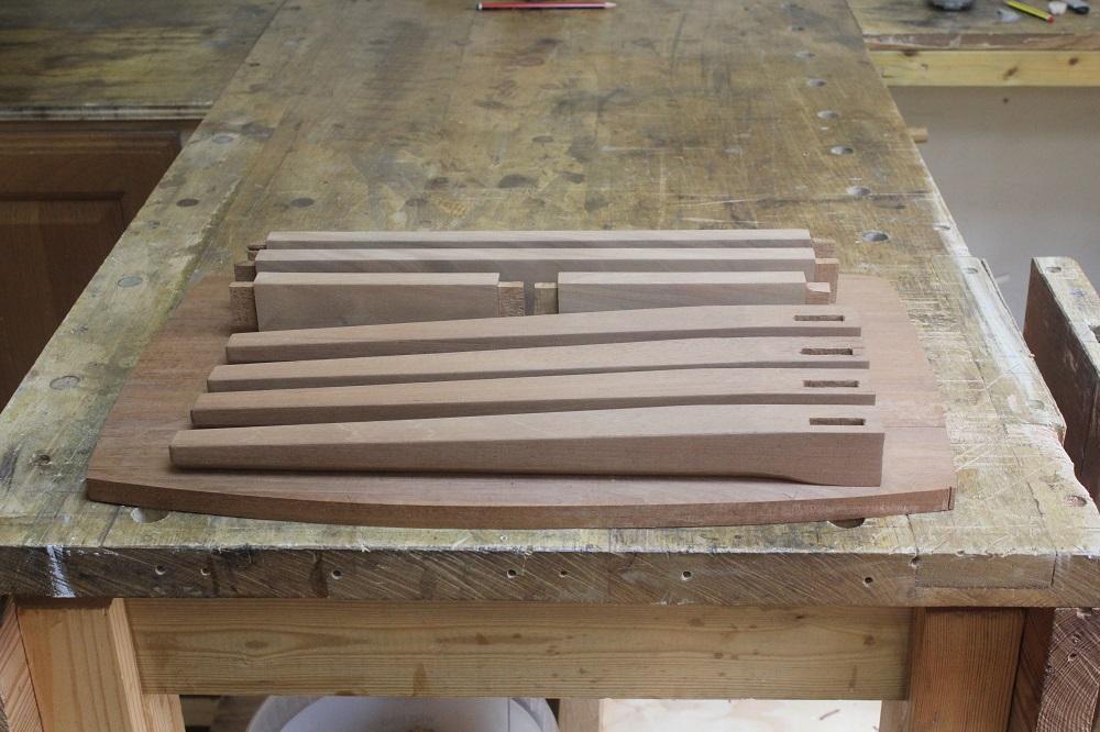 side table 002.JPG