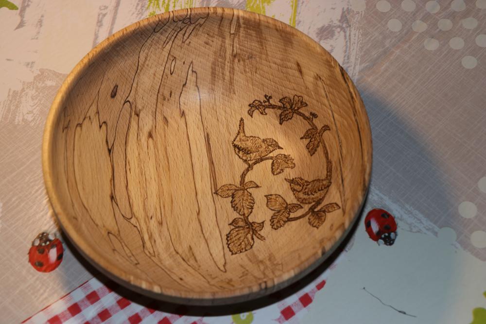 Spalted platan bowl pyro'd.jpg
