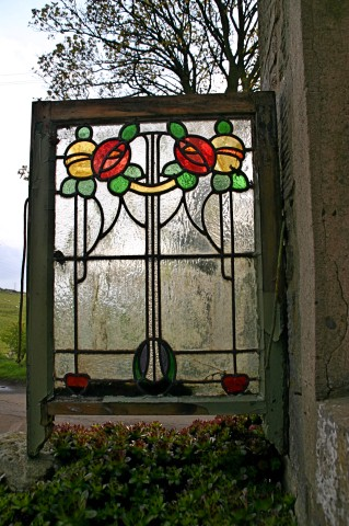 Stained glass_2 (Small).jpg