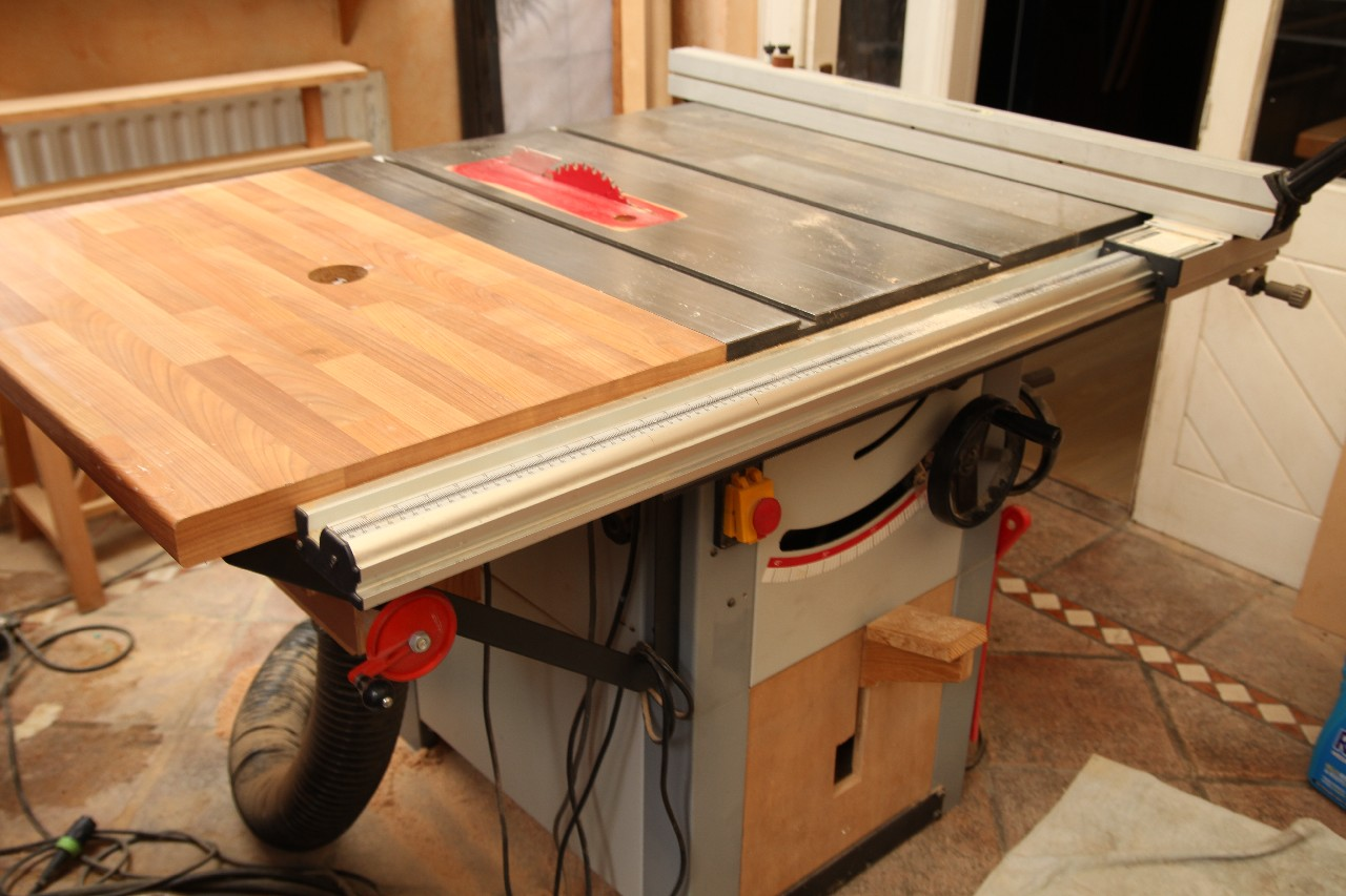tableSaw_2426_resampled.jpg