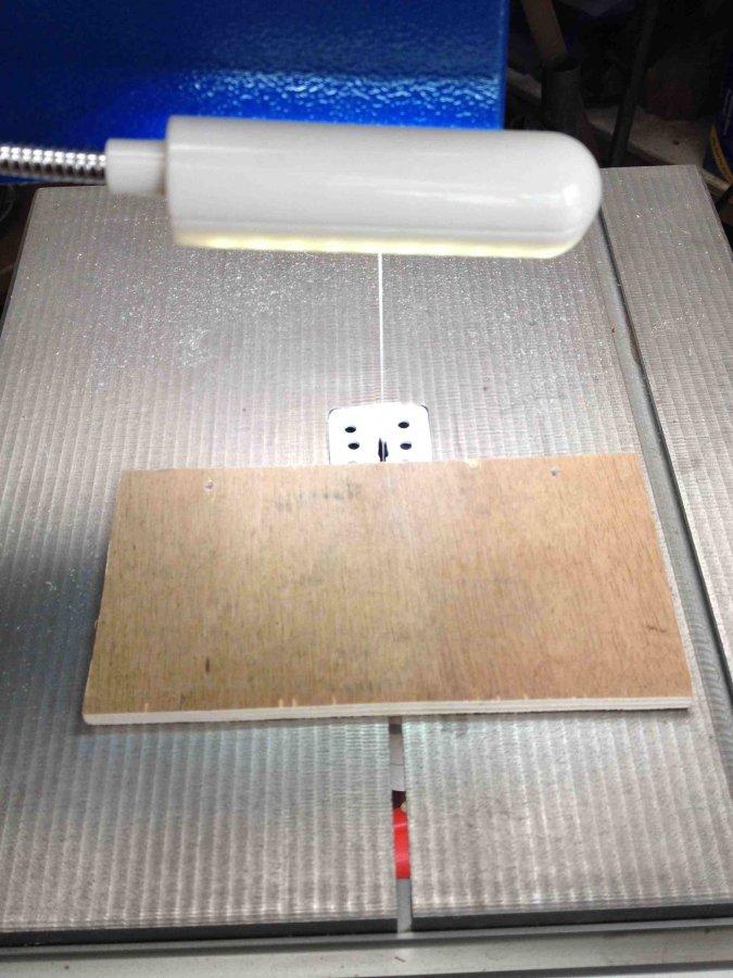 Tip 48c - Bandsaw Light.jpg