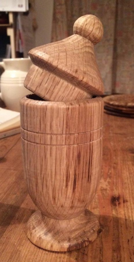 Turned pot with lid in Oak.jpg