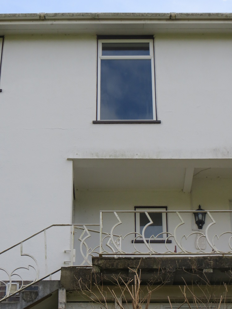 Window exterior.jpg