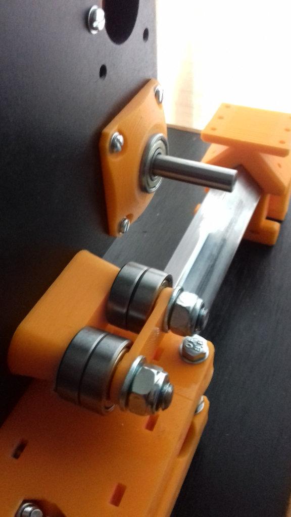 Y axis roller2.jpg
