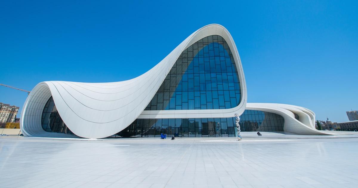 zaha-hadid-buildings-zha-queen-of-the-curve-thumbnail.jpg